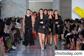 8 Tren Top Dari Paris Fashion Week Spring 2022