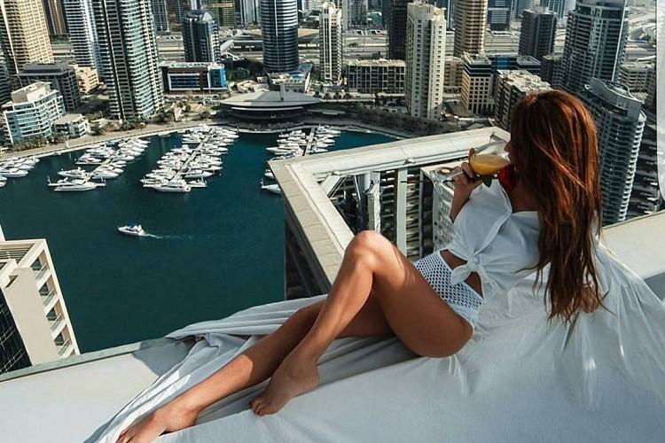 Majalah Facebook Online Chic Today Lifestyle